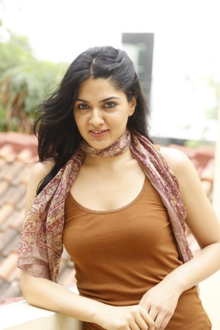 32+ Gorgeous Photos of Sakshi Choudhary 24