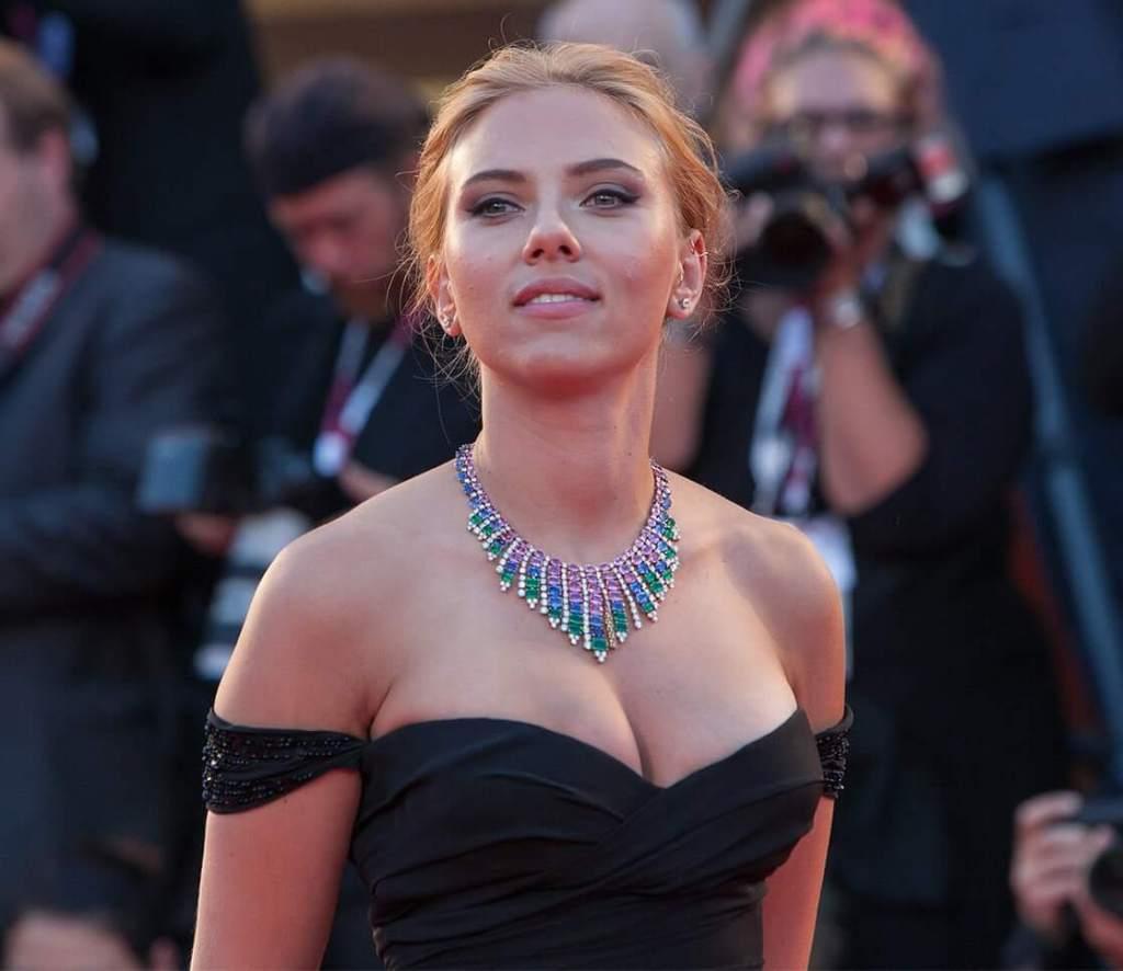 69+ Unseen Photos of Scarlett Johansson 36