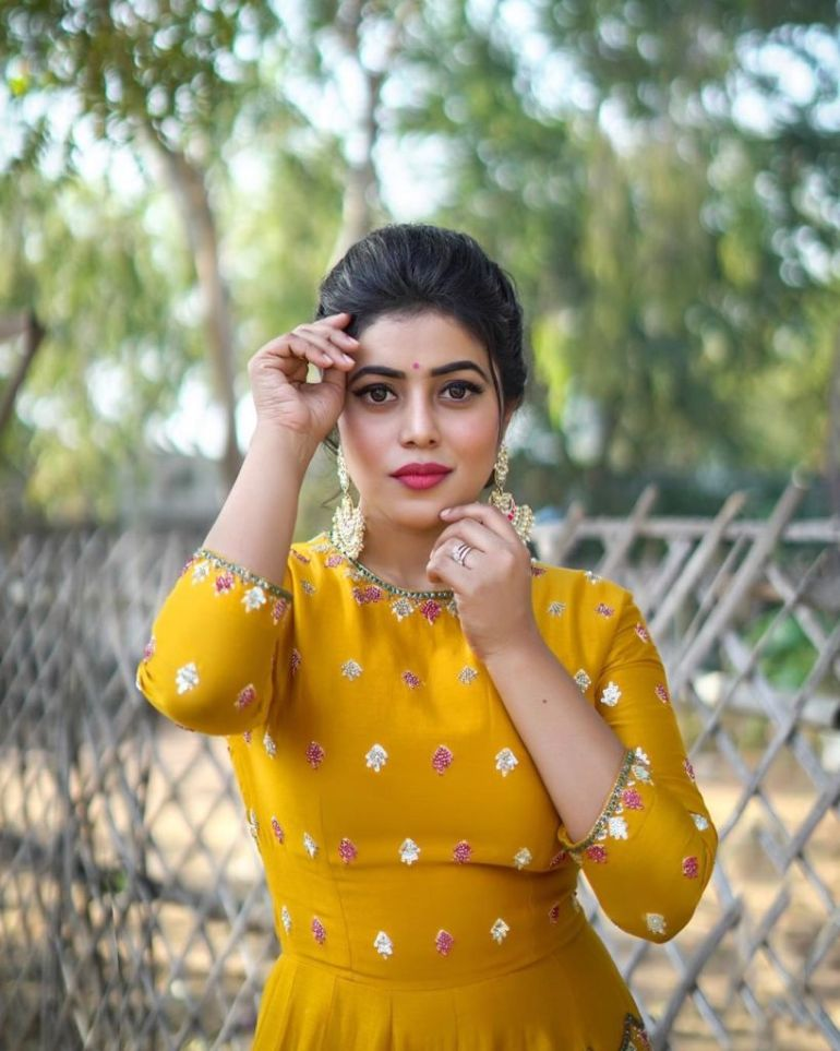 35+ Beautiful Photos of Shamna Kasim 105