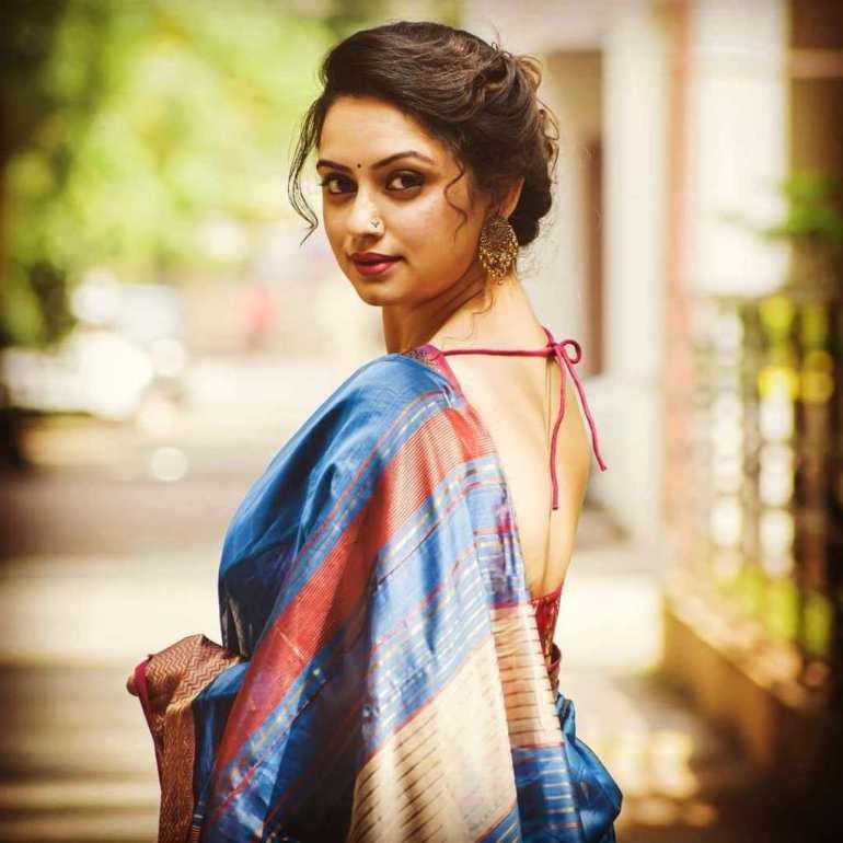 48+ Stunning Photos of Shruti Marathe 21
