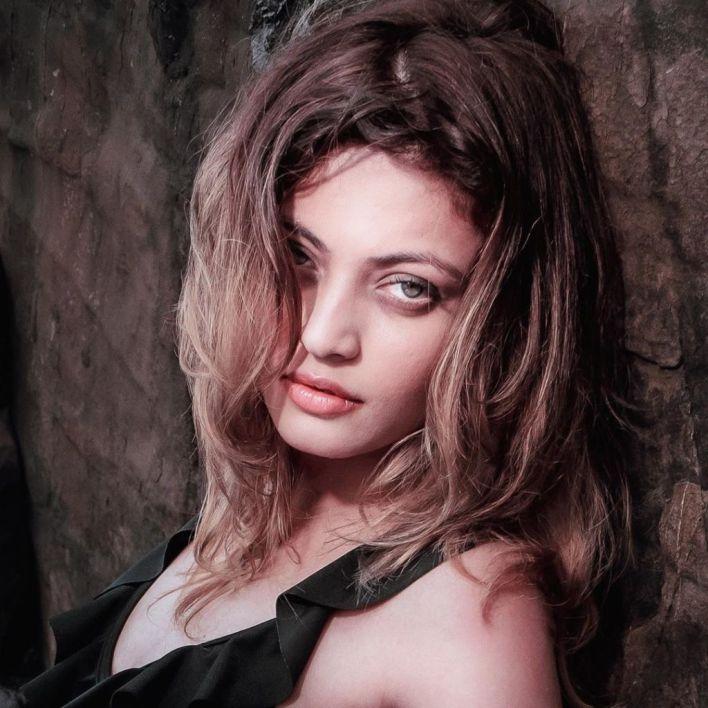 43+ Gorgeous Photos of Sneha Ullal 20