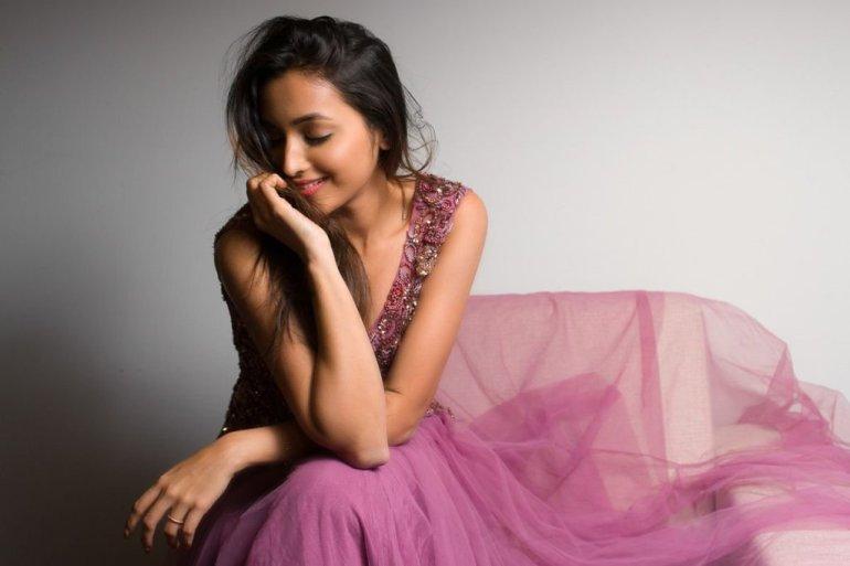 Srinidhi Shetty 112+ Beautiful photos, Wiki, Age, Biography, and Movies 11