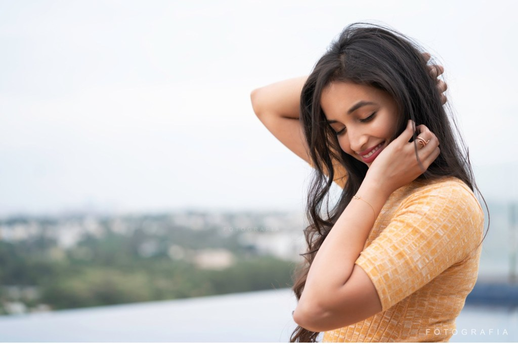 112+ Beautiful photos of Srinidhi Shetty 50