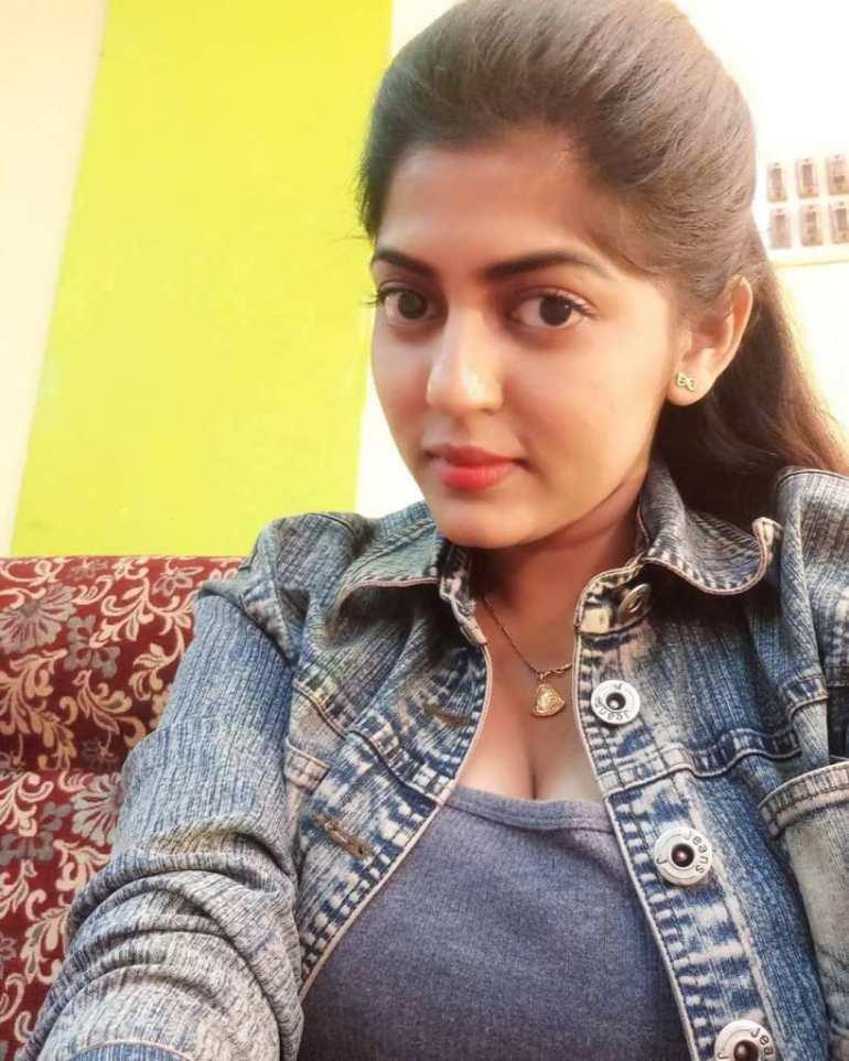 Triya Das 38+ Stunning Photos, Wiki, Age, Biography, and web series 65