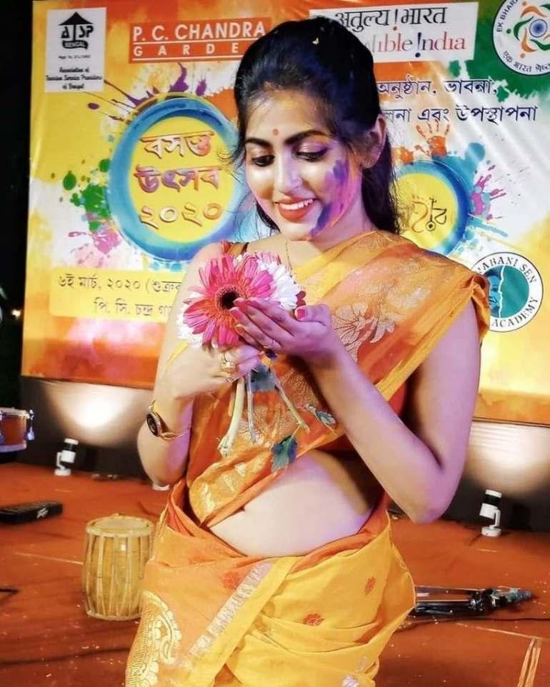 Triya Das 38+ Stunning Photos, Wiki, Age, Biography, and web series 72