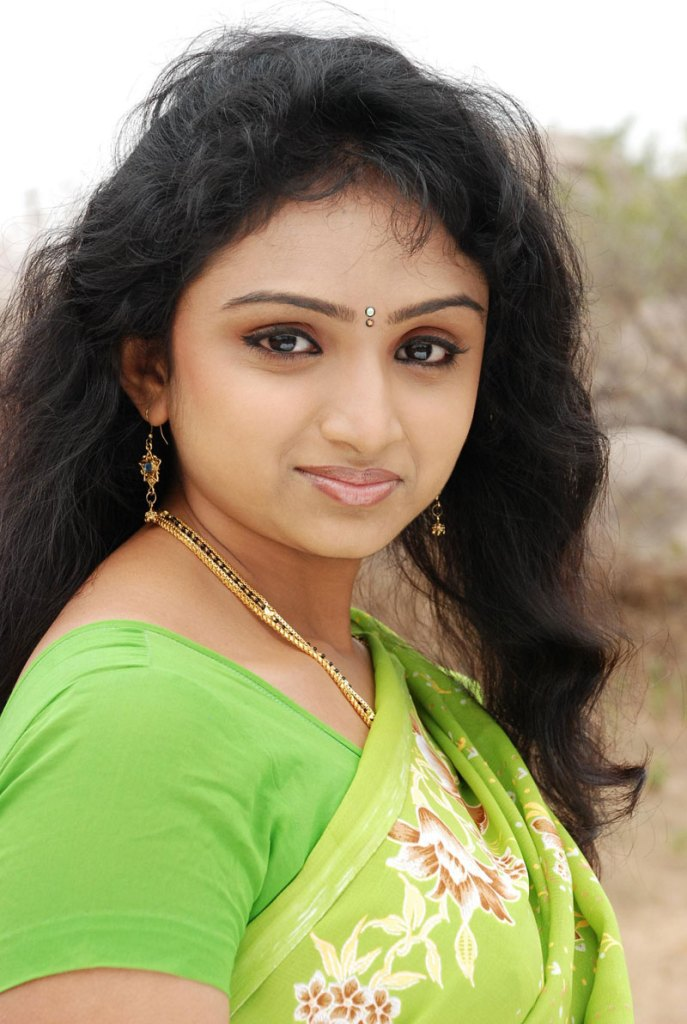 18+ Beautiful Photos of Waheeda 95