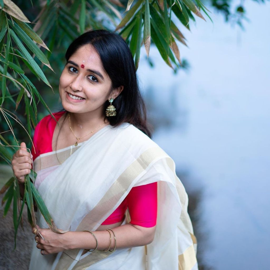 64+ Cute Photos of Haritha Parokod 59