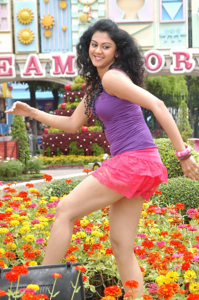 44+ Beautiful photos of Kamna Jethmalani 33