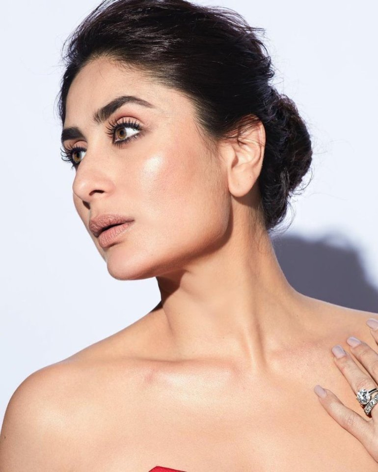 111+ Glamorous Photos of Kareena Kapoor 143