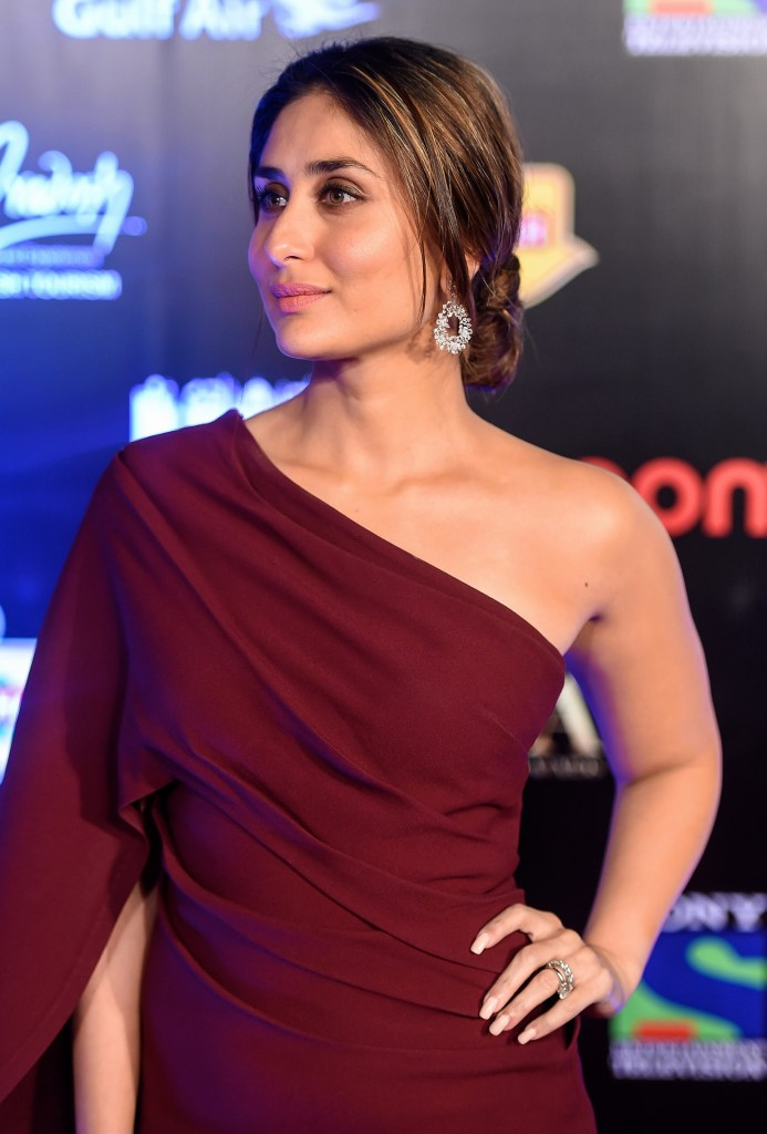 111+ Glamorous Photos of Kareena Kapoor 156