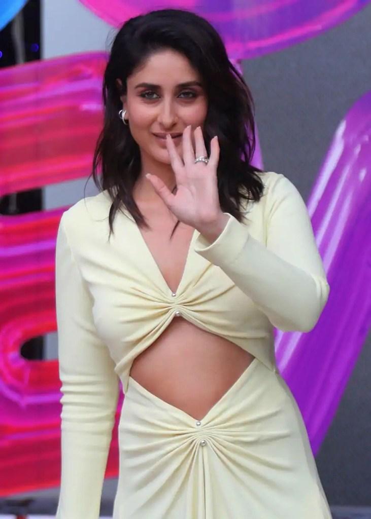 111+ Glamorous Photos of Kareena Kapoor 172