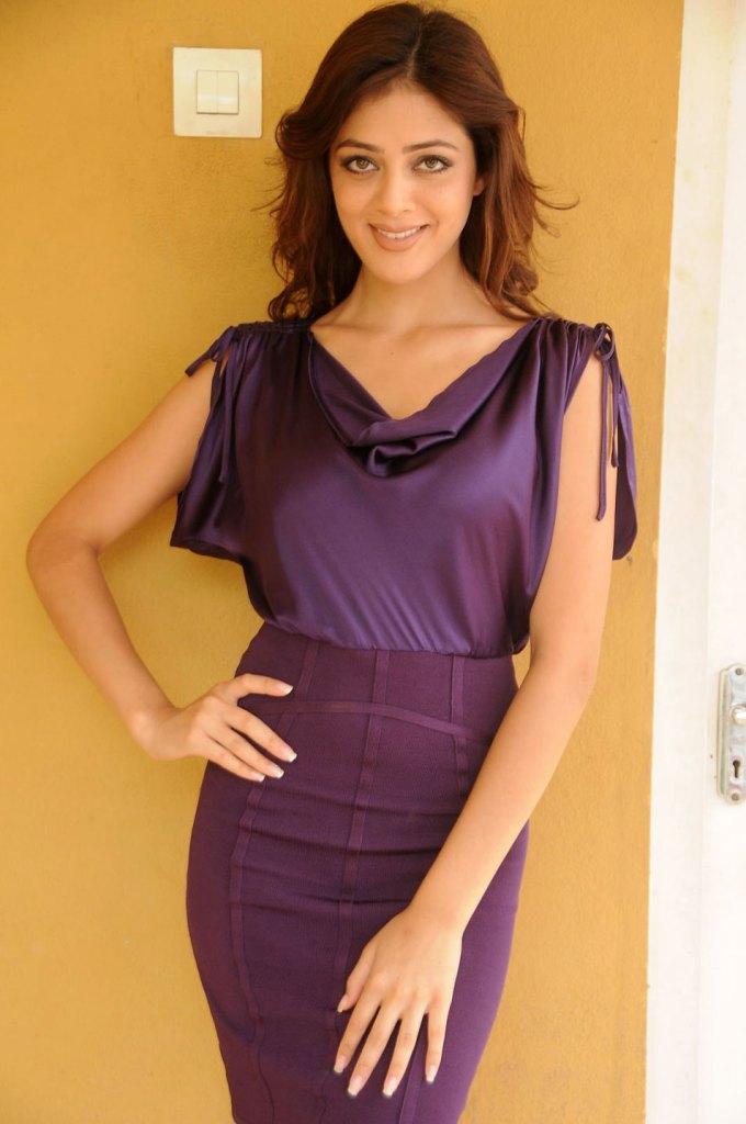 39+ Gorgeous Photos of Parvathi Melton 44