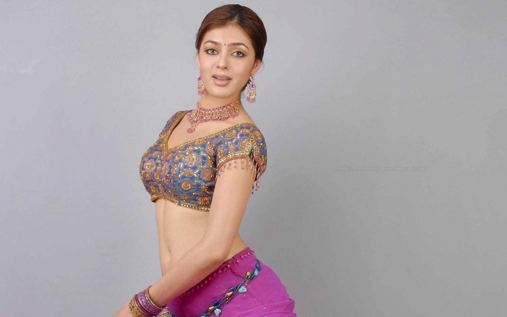 39+ Gorgeous Photos of Parvathi Melton 58