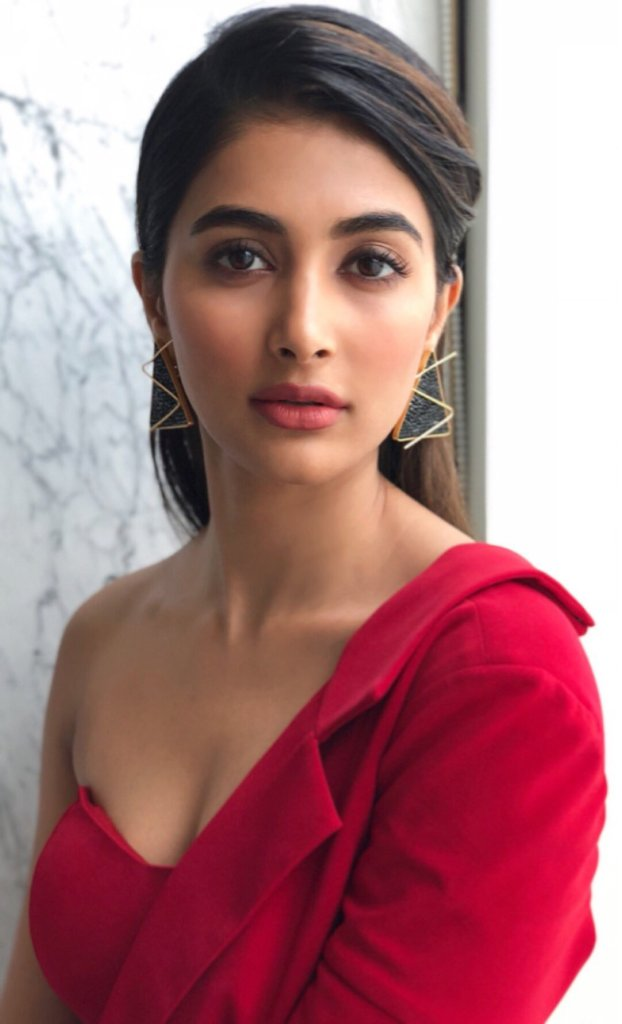 129+ Gorgeous Photos of Pooja Hegde 43