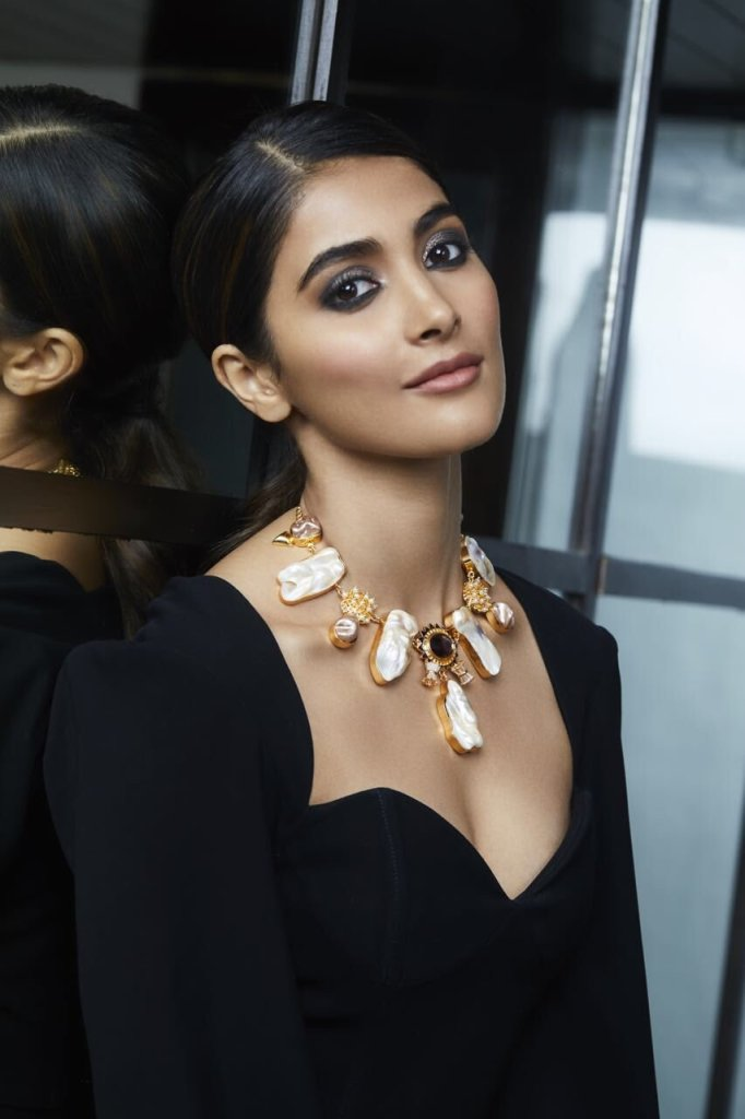 129+ Gorgeous Photos of Pooja Hegde 90