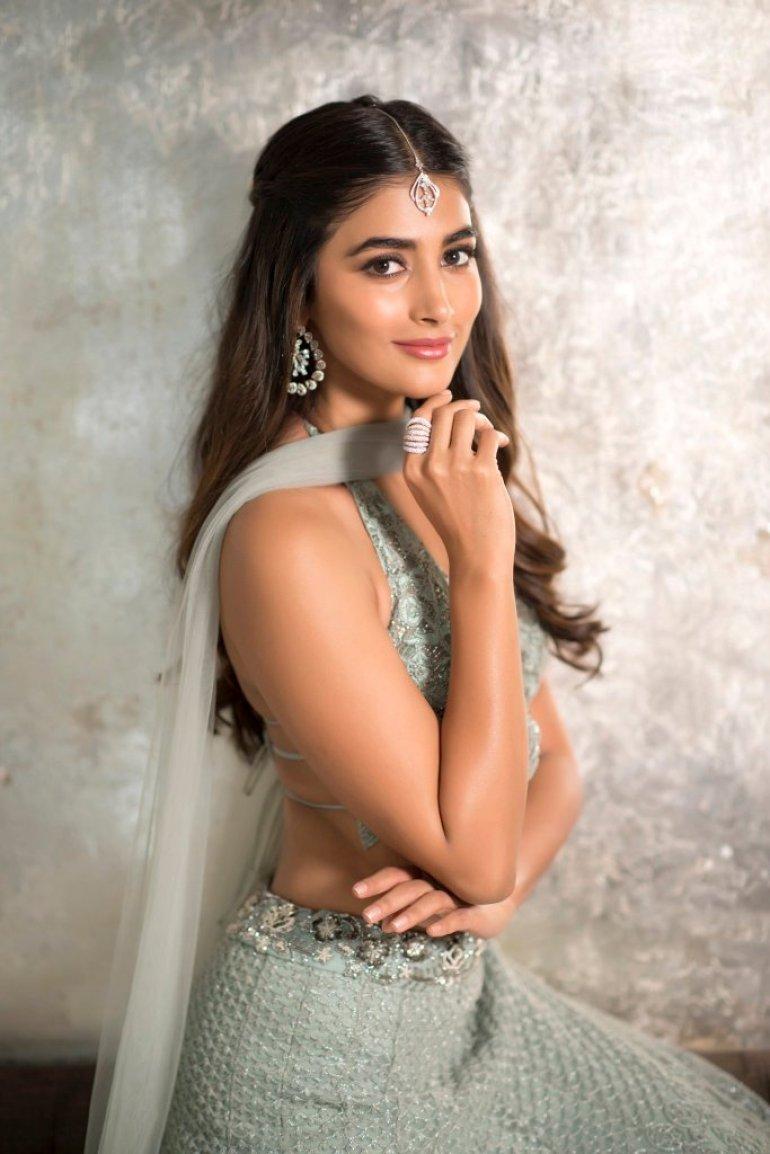 129+ Gorgeous Photos of Pooja Hegde 174
