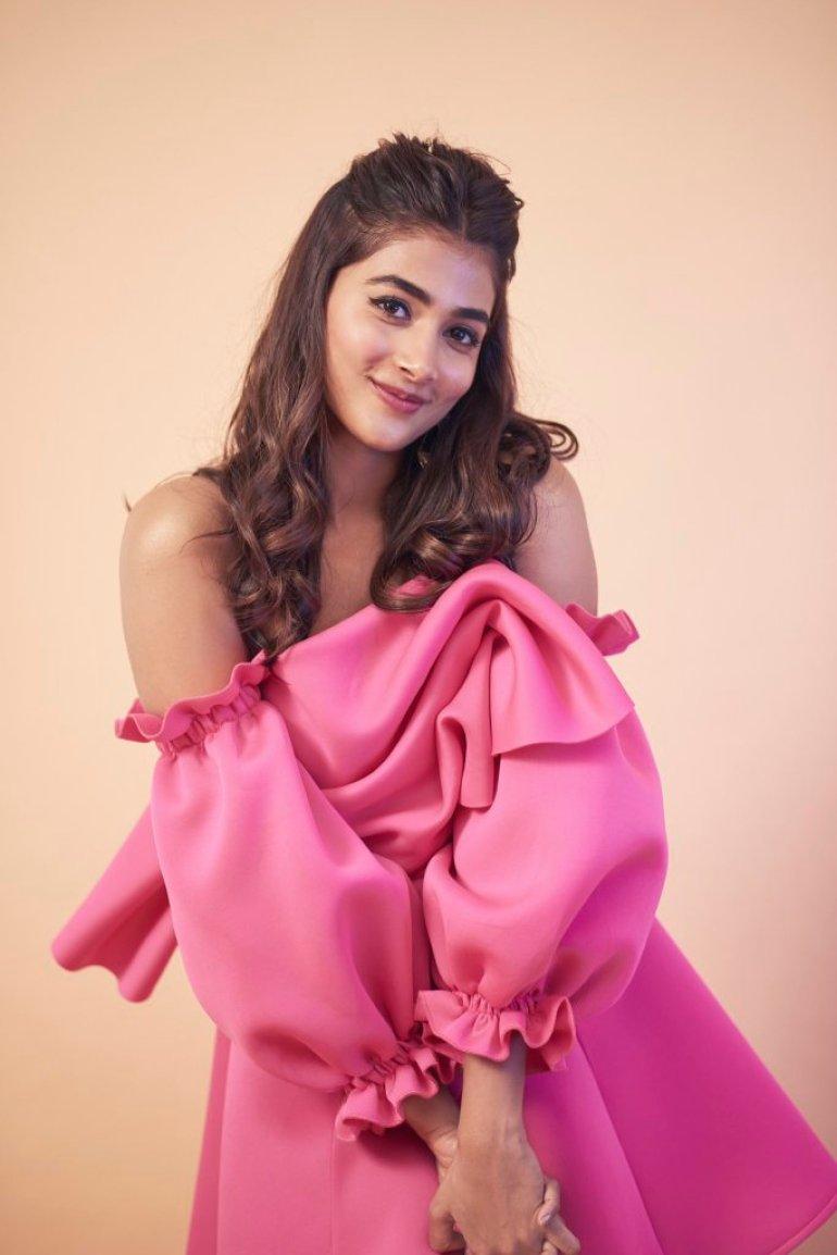 129+ Gorgeous Photos of Pooja Hegde 194