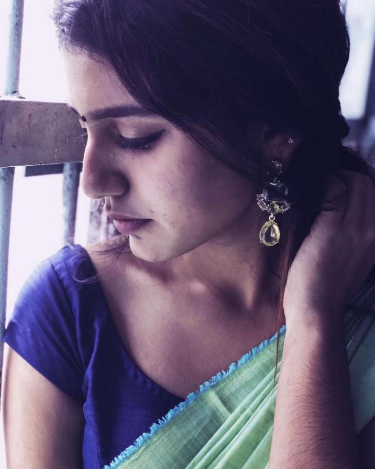 108+ Cute Photos of Priya Prakash Varrier 101