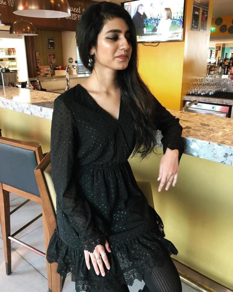 108+ Cute Photos of Priya Prakash Varrier 116