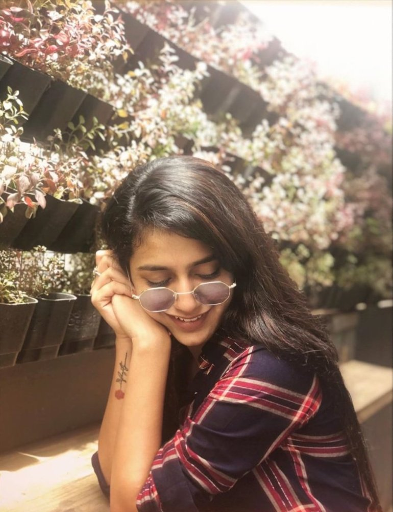 108+ Cute Photos of Priya Prakash Varrier 81