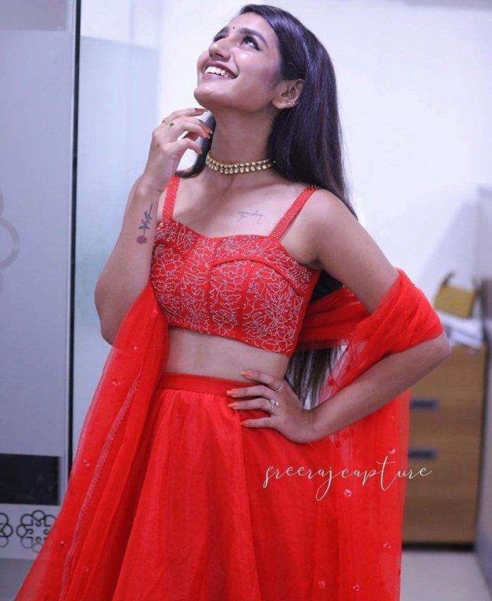 108+ Cute Photos of Priya Prakash Varrier 82
