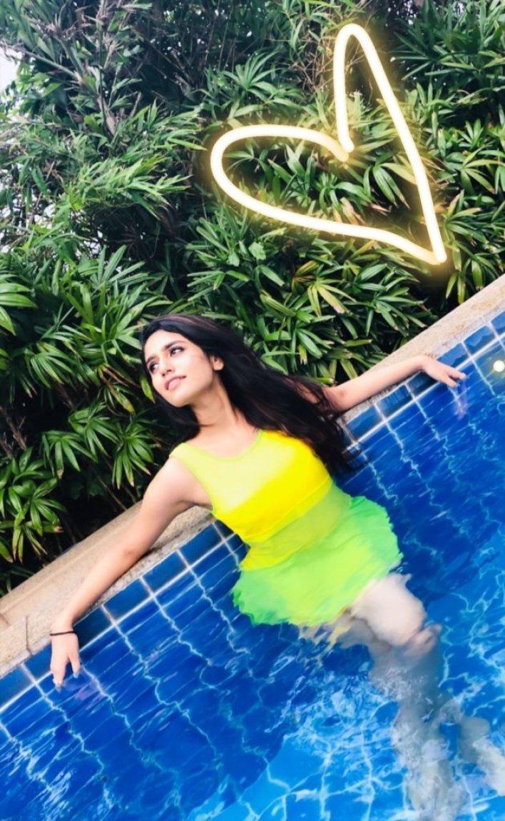 108+ Cute Photos of Priya Prakash Varrier 88