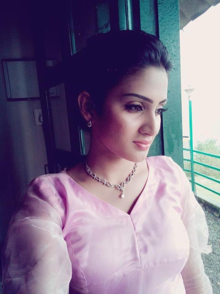 57+ Cute Photos of Aditi Ravi 47