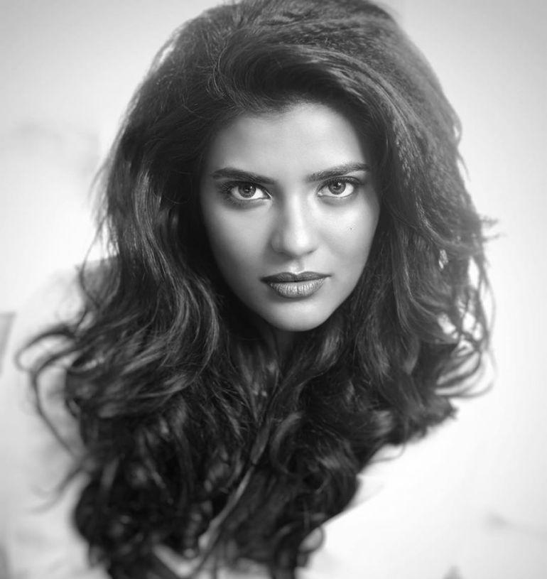 37+ Gorgeous Photos of Aishwarya Rajesh 35