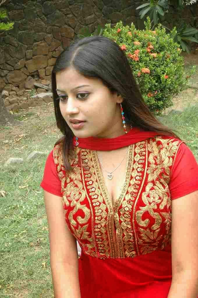 Ansiba Hassan Wiki, Age, Biography, Movies, and Beautiful Photos 35