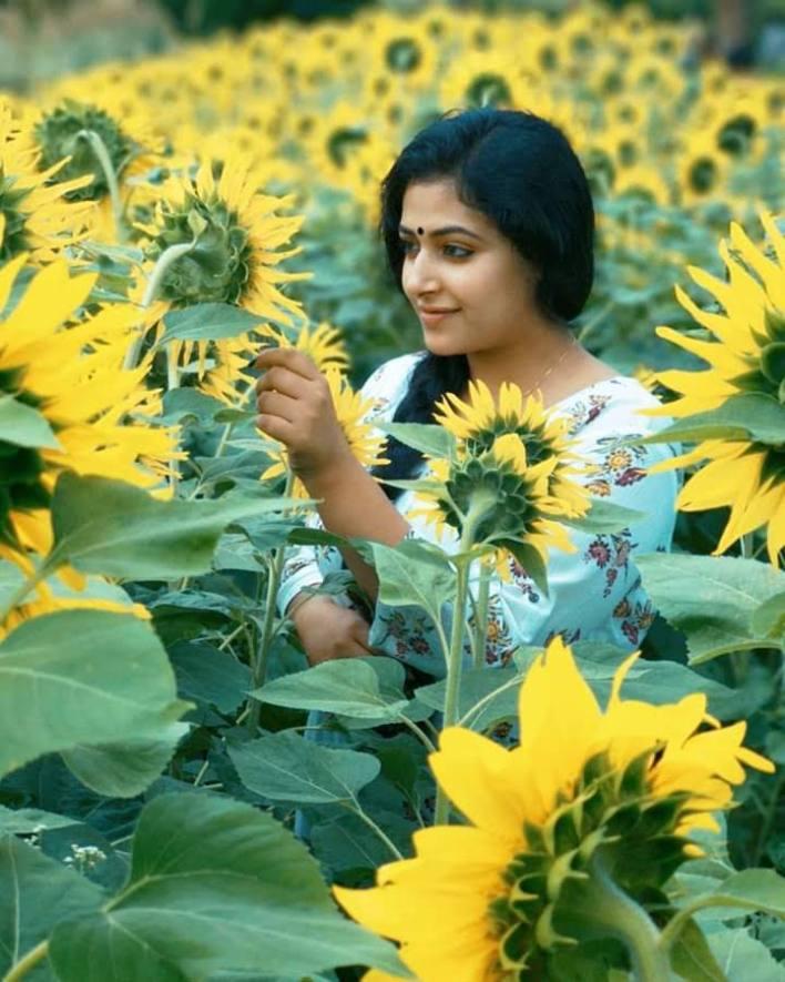 49+ Lovely Photos of Anu Sithara 22