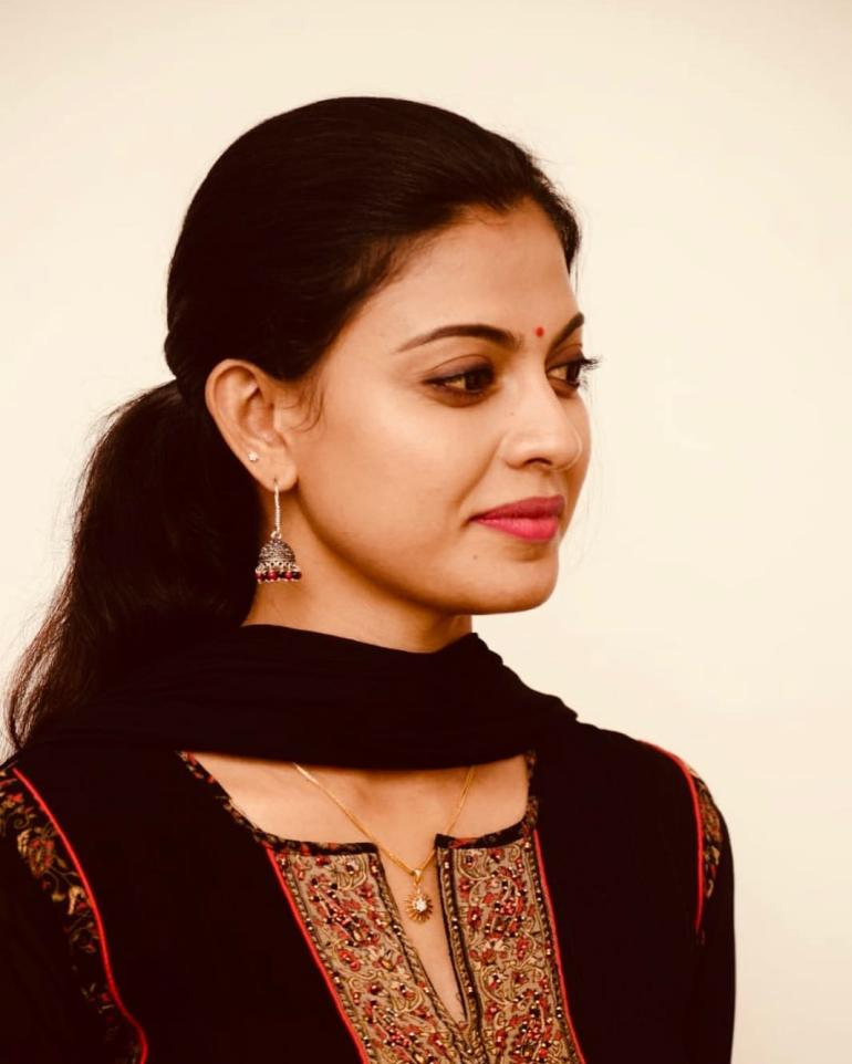 Check out this 89+ HD Photos of Anusree 132