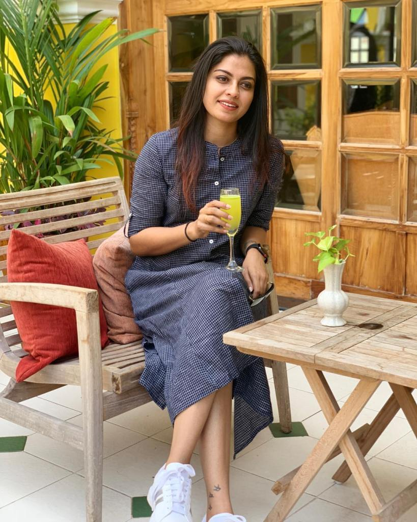 Check out this 89+ HD Photos of Anusree 61