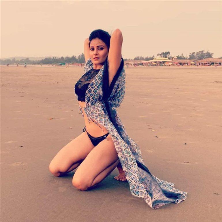 48+ Glamorous Photos of Archana Gupta 48