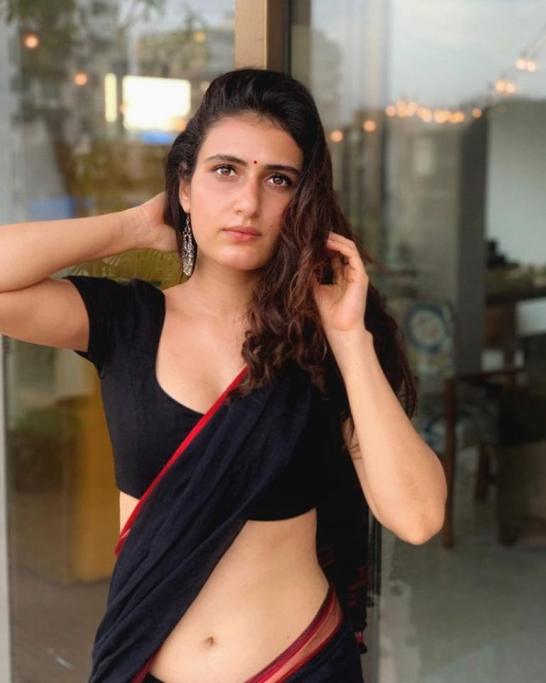 74+ Gorgeous Photos of Fathima Sana Shaikh 87