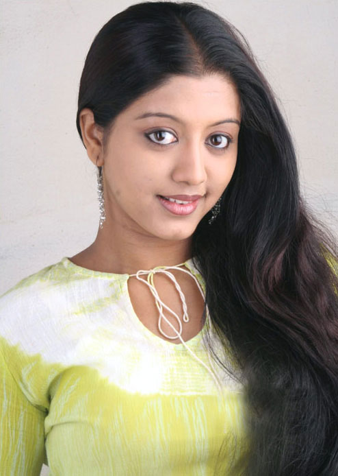 43+ Cute Photos of Gopika 29