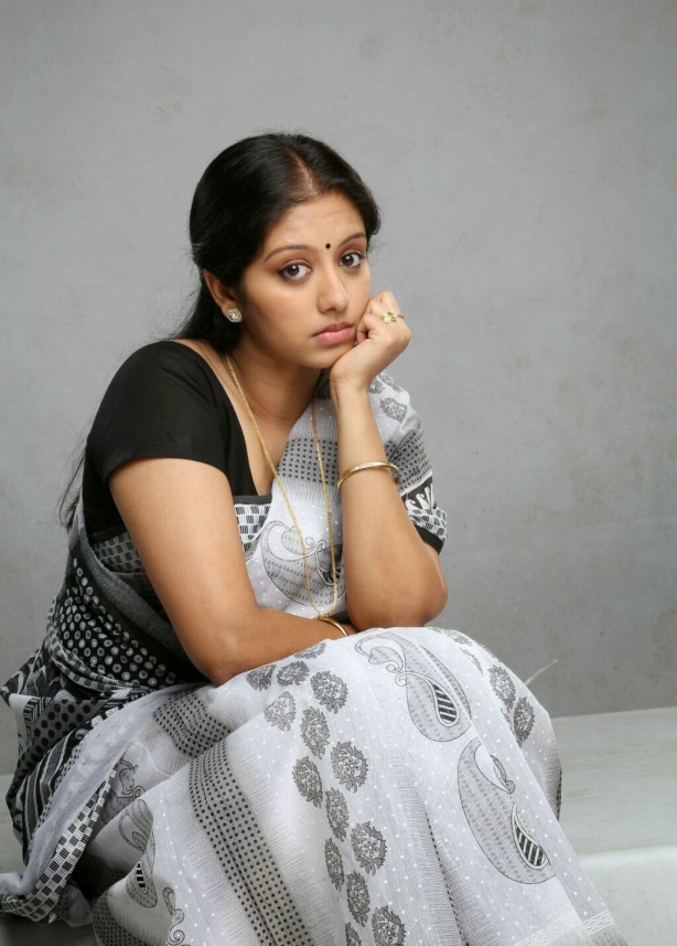 43+ Cute Photos of Gopika 6