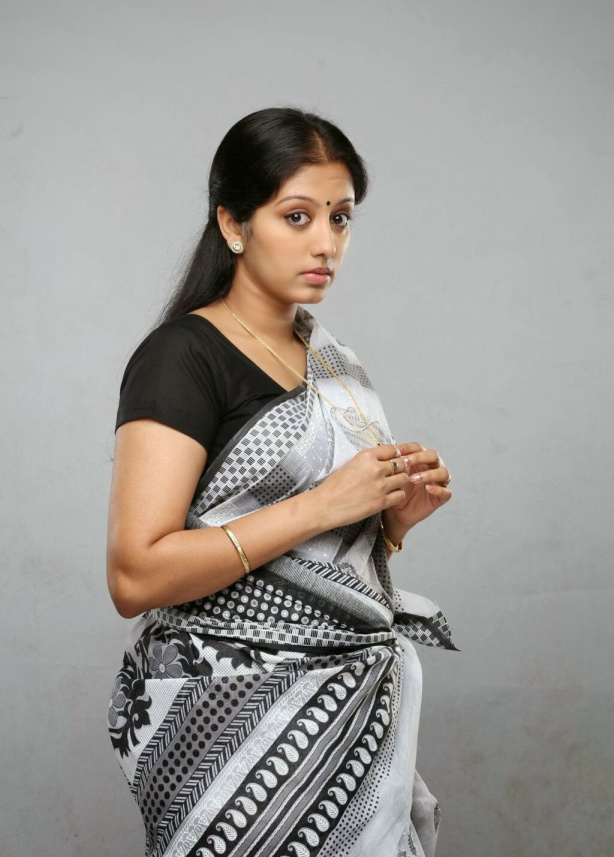 43+ Cute Photos of Gopika 8