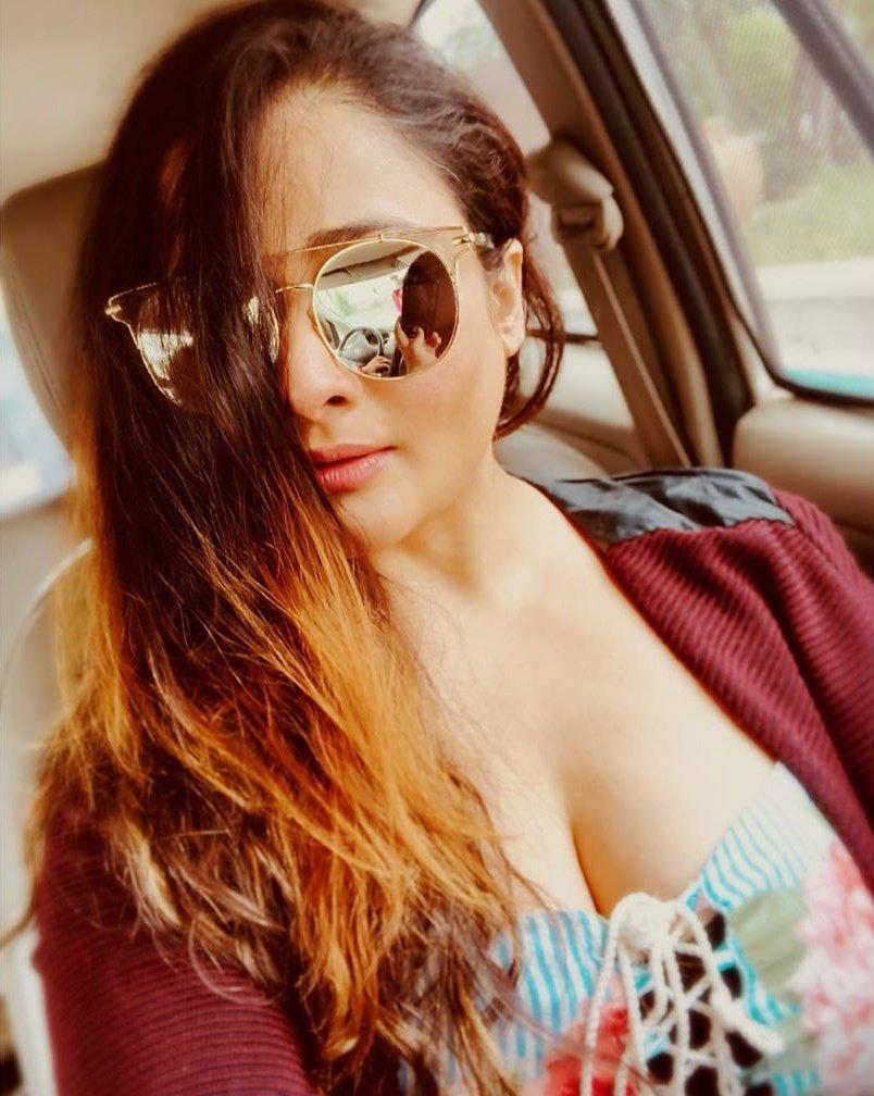 24+ Glamorous Photos of Kiran Rathod 12
