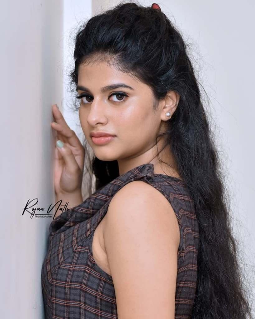 42+ Cute Photos of Nayanthara Chakravarthy 3