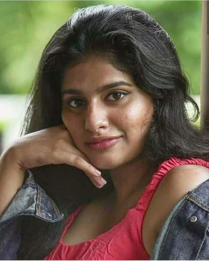 42+ Cute Photos of Nayanthara Chakravarthy 41