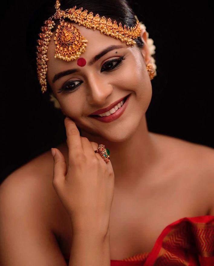 74+ Stunning Photos of Prachi Tehlan 37