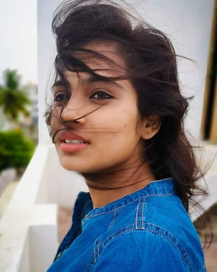 59+ Gorgeous Photos of Ramya Pandiyan 31