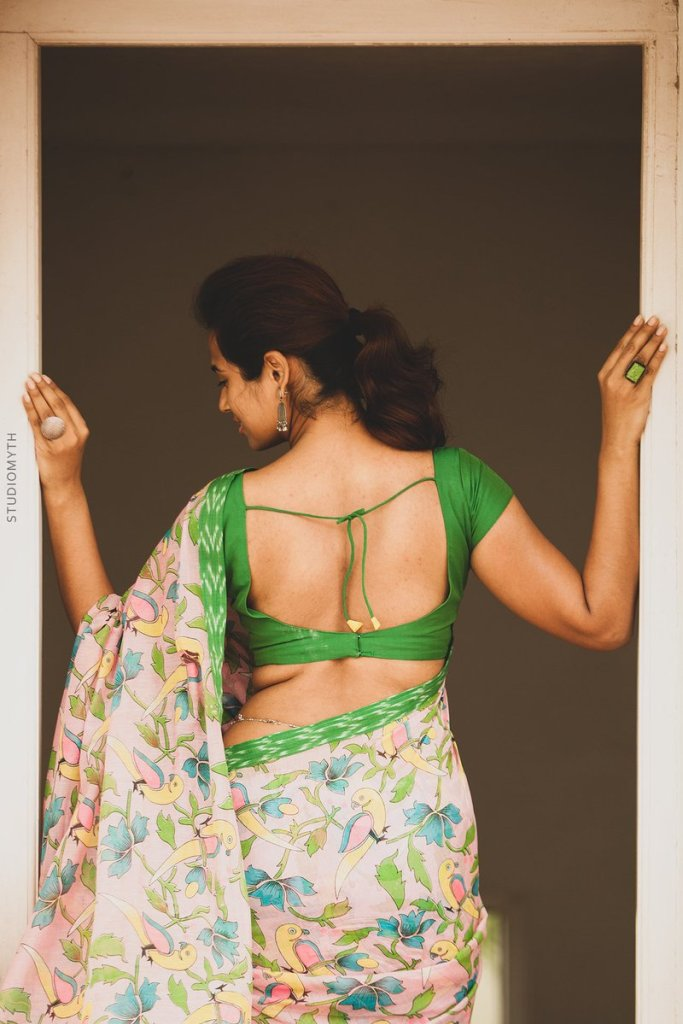 59+ Gorgeous Photos of Ramya Pandiyan 36