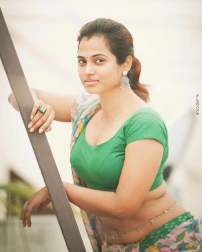 59+ Gorgeous Photos of Ramya Pandiyan 50