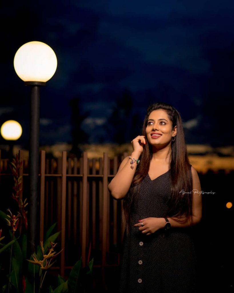 46+ Gorgeous Photos of Remya panicker 21