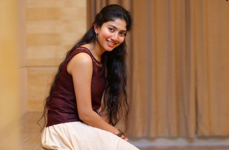 54+ Cute Photos of Sai Pallavi 97