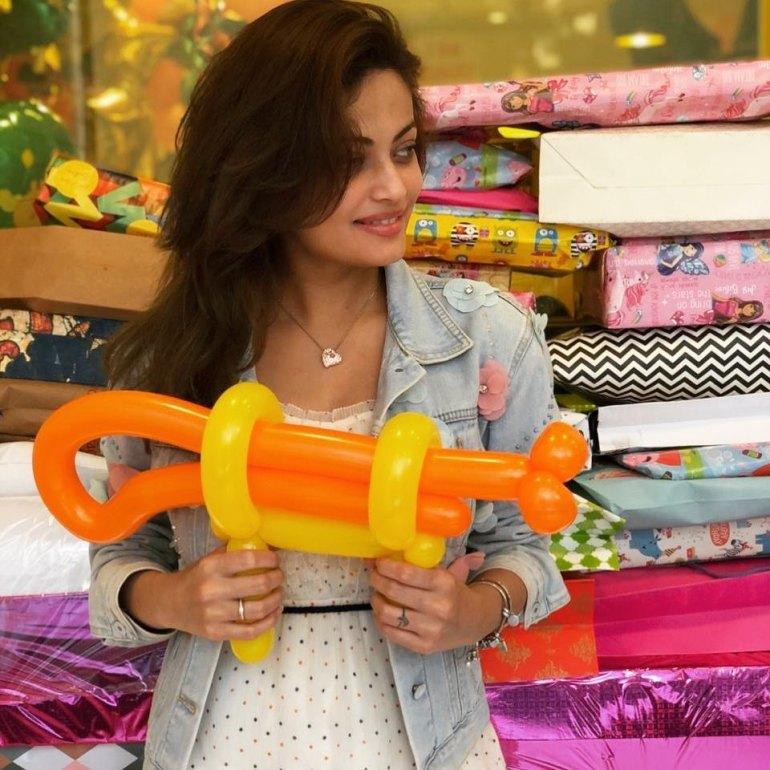 43+ Gorgeous Photos of Sneha Ullal 21