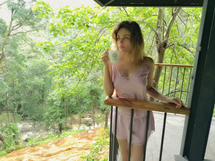 43+ Gorgeous Photos of Sneha Ullal 30