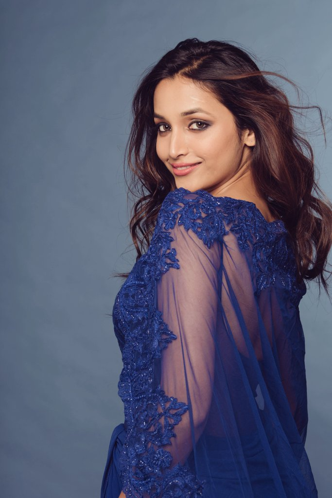 112+ Beautiful photos of Srinidhi Shetty 21