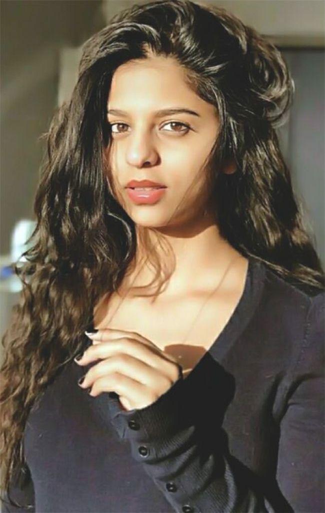 40+ Cute Photos of Suhana khan 35